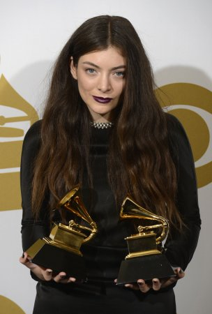 Lorde to perform new song 'Tennis Court' at the Billboard Music Awards