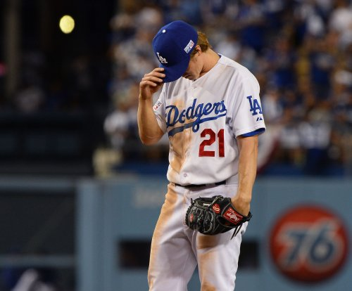 Greinke, Los Angeles Dodgers dominate Milwaukee Brewers