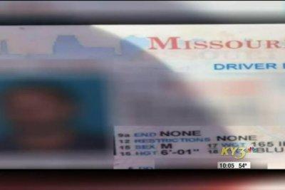 Missouri car thief may have left his wallet behind