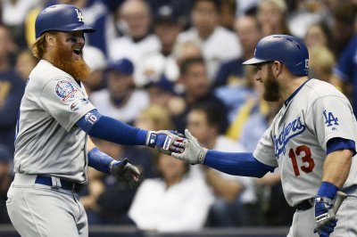 NLCS: Turner, Dodgers rally past Brewers in Game 2