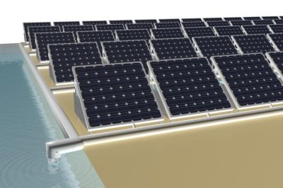 New solar panel produces electricity and clean water