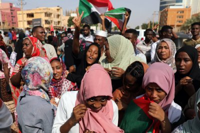 Sudan military leaders say they beat back coup attempt