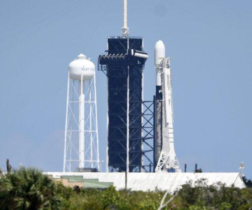 SpaceX plans Starlink broadband satellite launch Sunday morning