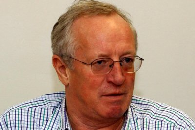 Robert Fisk, British writer who interviewed Osama bin Laden, dies at 74