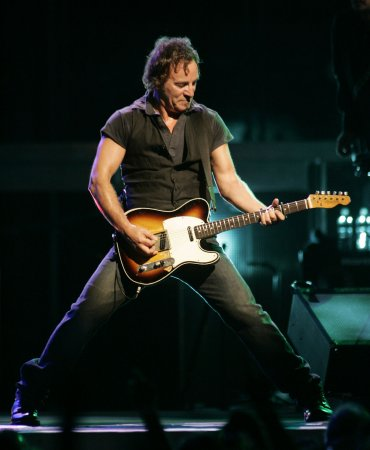 Springsteen makes N.J. Hall of Fame
