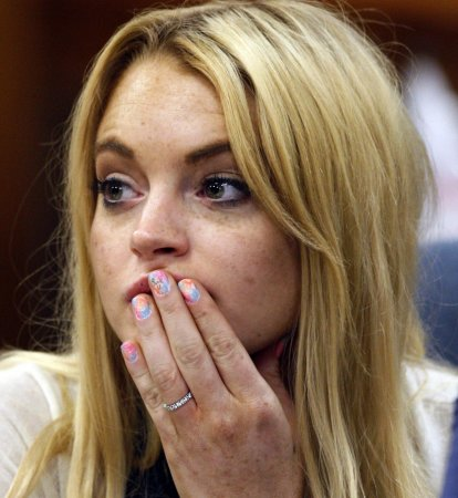 Lohan seeks help from Chicago attorney