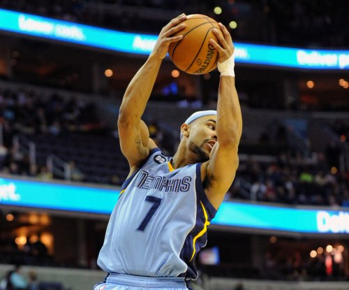 Memphis Grizzlies outmuscle Golden State Warriors