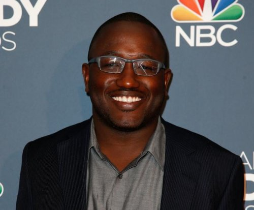 Hannibal Buress dismisses Bill Cosby jokes, calls fallout 'weird'