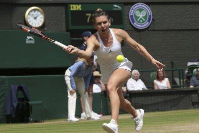 Simona Halep, Stan Wawrinka advance at Rogers Cup