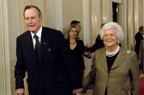 Barbara Bush hospitalized for bronchitis, President Bush remains in ICU