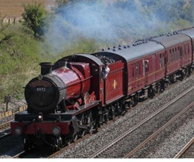 'Hogwarts Express' rescues family stranded in Scotland