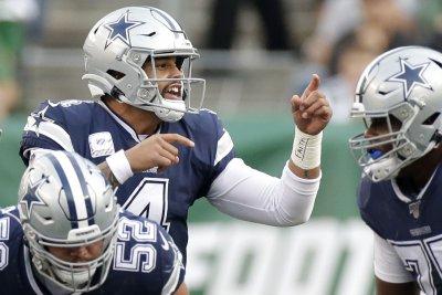 Dallas Cowboys QB Dak Prescott donating $1M to improve police training