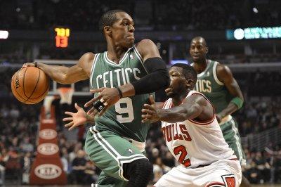 Reports: Mavs get Rondo from Celtics