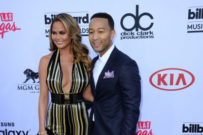 John Legend shows off pizza making skills in Italy