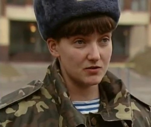 Ukrainian pilot Savchenko returning home after prisoner swap with Russia