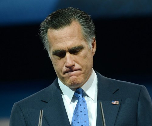 Mitt Romney critical of '16 field for losing to Donald Trump