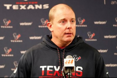 Houston Texans axe offensive coordinator George Godsey