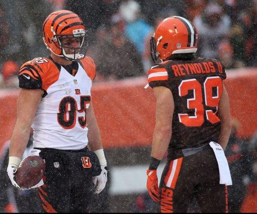 Bengals' Tyler Eifert unsure of training camp status