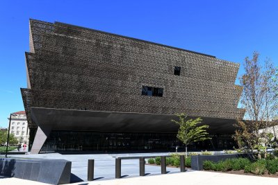 Noose found at Smithsonian's African-American museum