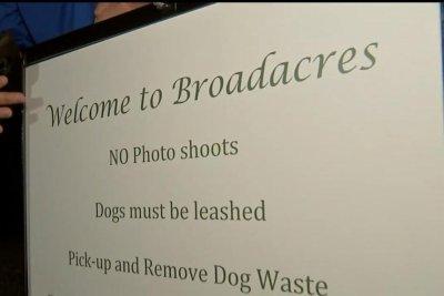 Scenic Houston neighborhood trying to ban photo shoots