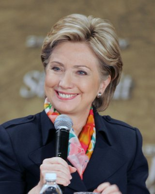 Report: Penn quits Clinton campaign