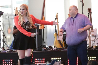 Meghan Trainor performs on 'Today,' breaks it down with dancing man