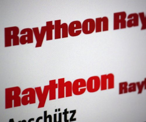 DHS taps Raytheon for network contract