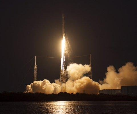 SpaceX Falcon launches on successful delivery mission