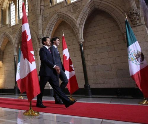 Canada, Mexico review stronger energy ties