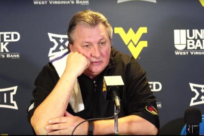 No. 10 West Virginia blows out No. 1 Baylor