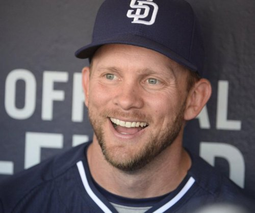 San Diego Padres extend manager Andy Green's contract for three years