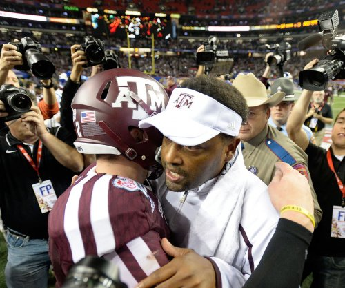Kevin Sumlin: Texas A&M coach's wife shares racist letter from fan