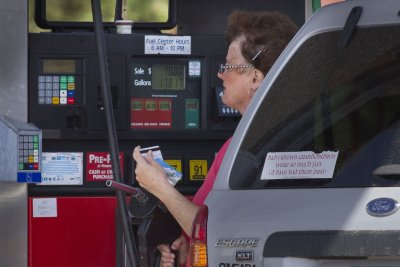 Wait to fill-up: Fuel prices likely to decline more across most of the U.S.