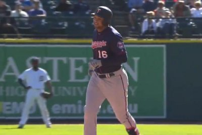 Minnesota Twins become first team to hit 300 home runs in single season
