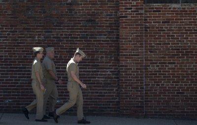 FBI: Gunman fired indiscriminately at Navy Yard