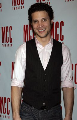 Justin Guarini says he is struggling financially