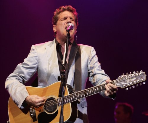 Eagle Members and Jackson Browne to pay tribute to Glenn Frey at the Grammys