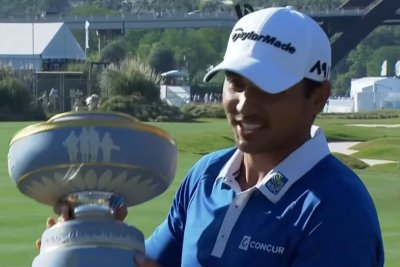 Jason Day tops Louis Oosthuizen for Match Play title