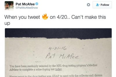 Indianapolis Colts' Pat McAfee, Pittsburgh Steelers' Le'Veon Bell receive 4/20 tests