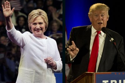 On foreign policy, Hillary Clinton seeks steadiness, Donald Trump favors clean break