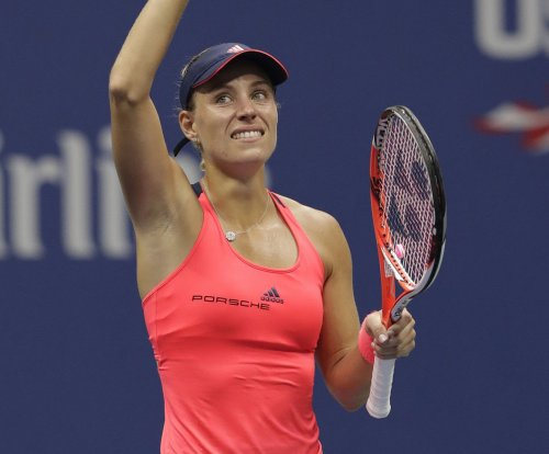 Angelique Kerber rebounds with strong start to China Open