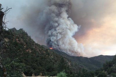 Yosemite wildfire doubles in size