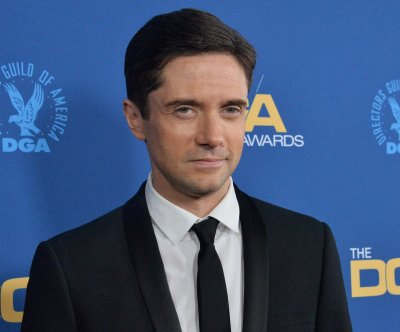 Topher Grace joins ABC comedy pilot 'Home Economics'