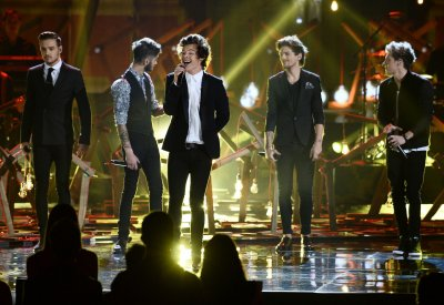 'Midnight Memories' tops U.S. album chart