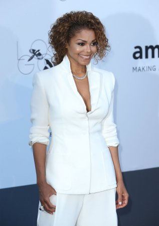 Janet Jackson divorce rumors are untrue