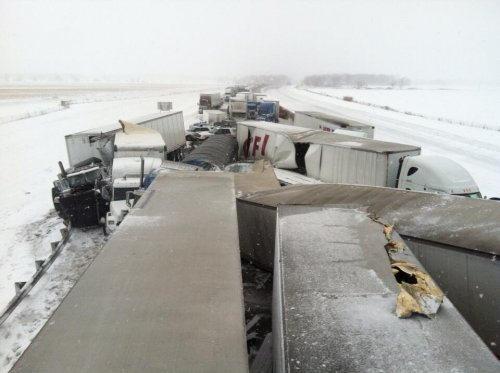 Ohio Turnpike pileup leaves 3 dead, officer pinned