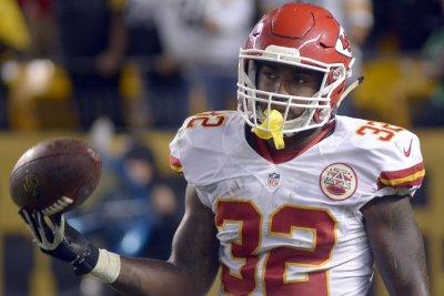 Kansas City Chiefs RB Spencer Ware likely needs season-ending surgery for torn PCL