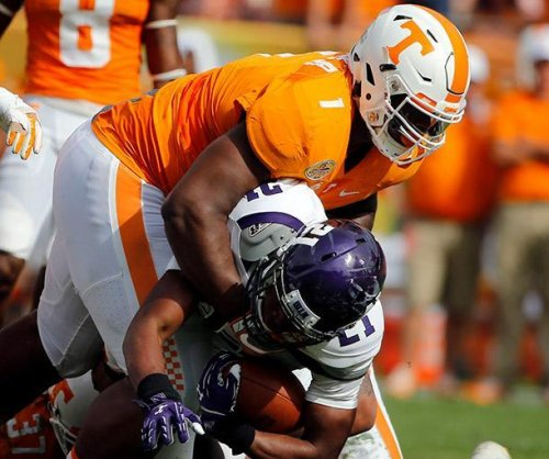 Tennessee Vols DT Kahlil McKenzie heads for 2018 NFL Draft
