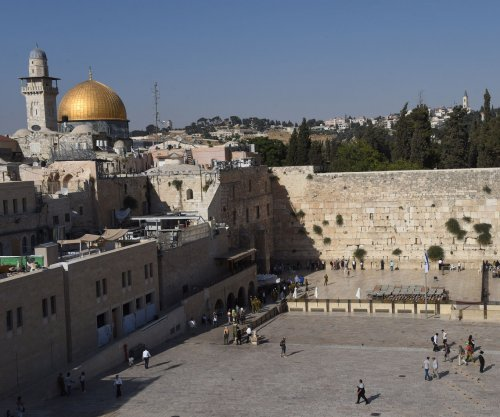 Model faces backlash for nude photo shoot at Jerusalem's Western Wall
