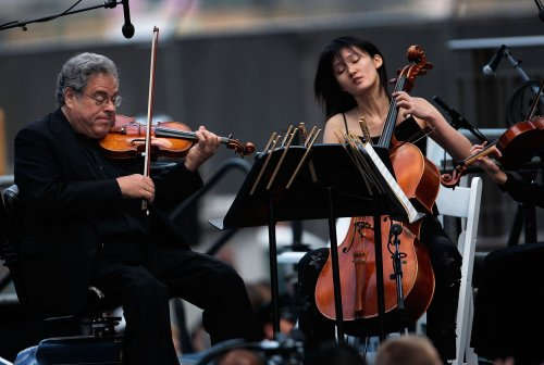 Perlman to play with Nashville Symphony